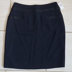 CHANEL 02C Skirt Navy w/Black Trim [size 40]